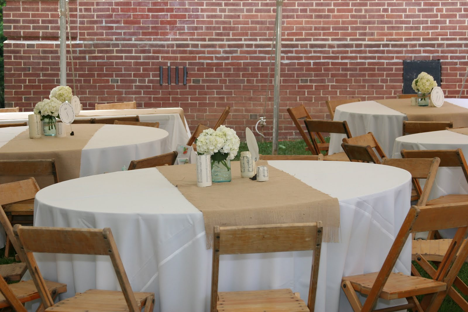 Picture of: Luxury Burlap Tablecloth