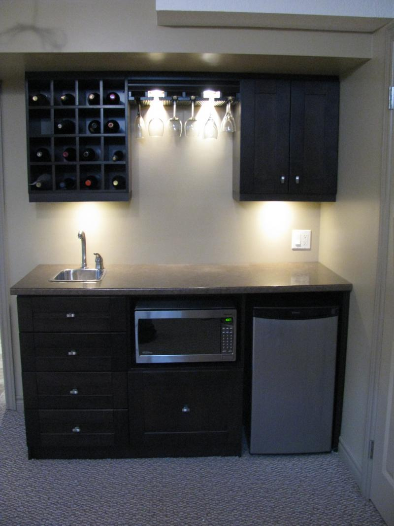 Picture of: Mini Wet Bar Cabinets