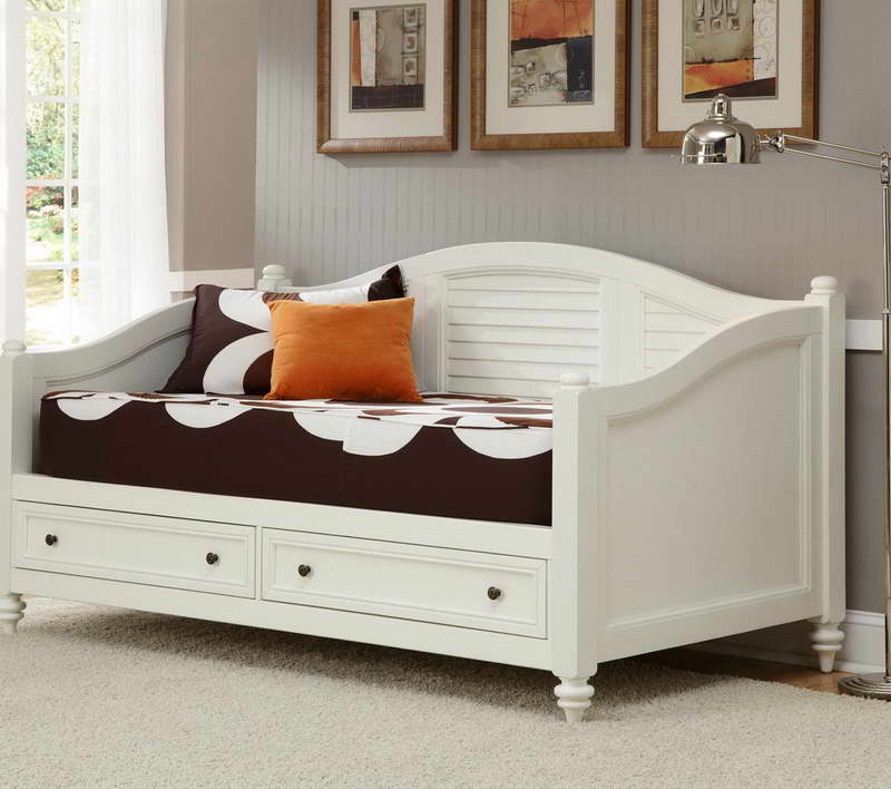 New Queen Daybed