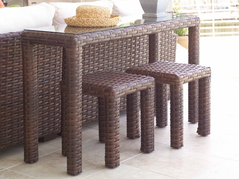 Image of: Outdoor Console Table Design