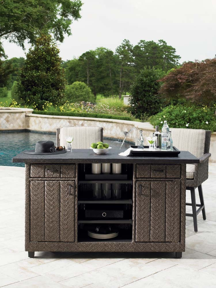Image of: Outdoor Console Table Ideas