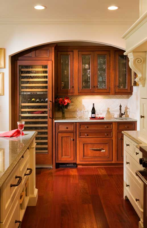 Picture of: Simple Wet Bar Cabinets