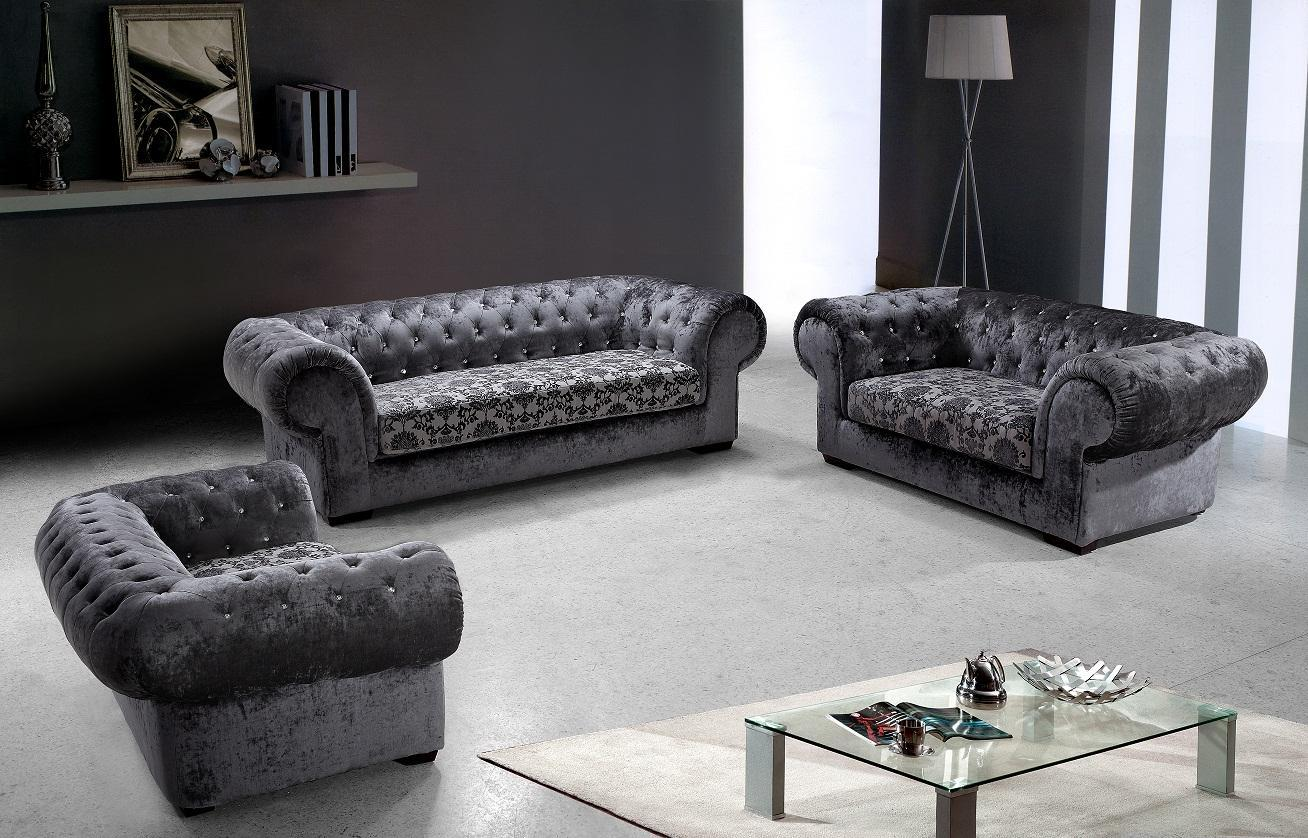 Image of: Tufted Sofa Set For Warm Family