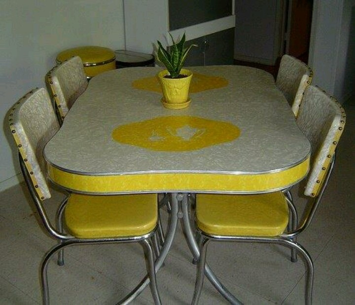 awesome Retro Kitchen Table