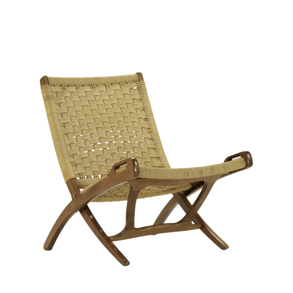Picture of: hans wegner folding lounge chair