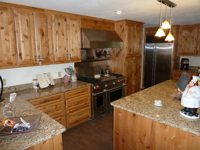 Picture of: knotty alder cabinets pictures eclectic kitchen