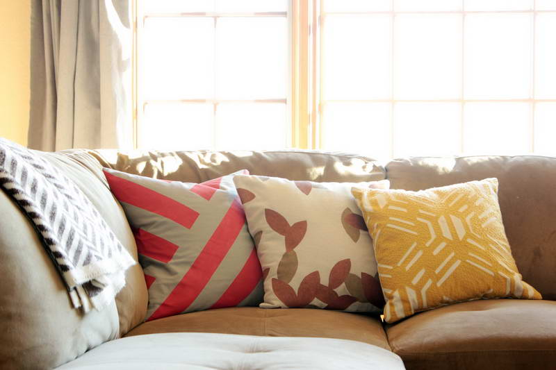 Picture of: modern decorative pillows for couch