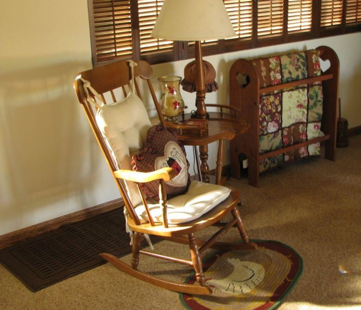 Image of: modern wooden rocking chairs