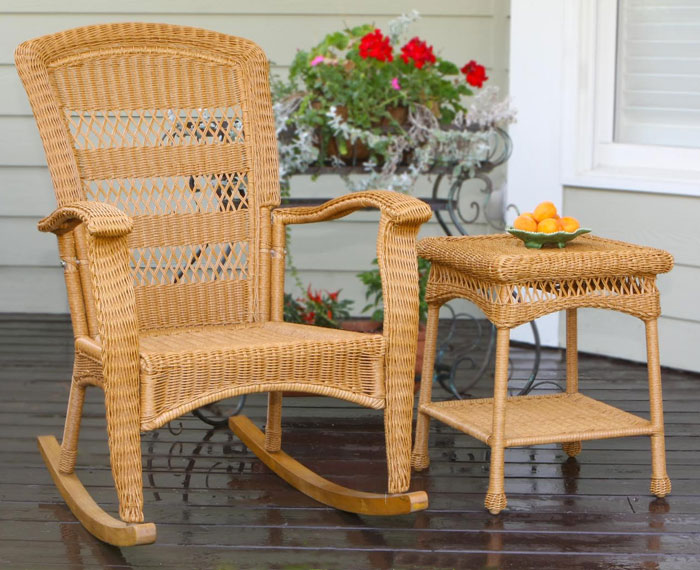 Image of: photo of wicker rocking chair