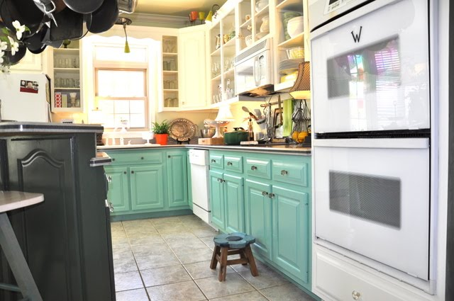 Image of: two tone kitchen cabinets green color