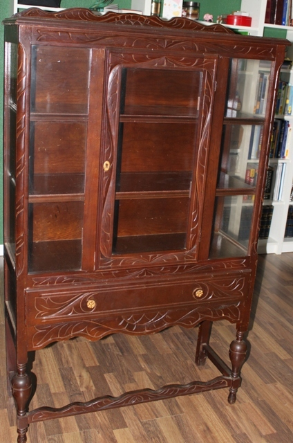 Image of: Antique china cabinet image