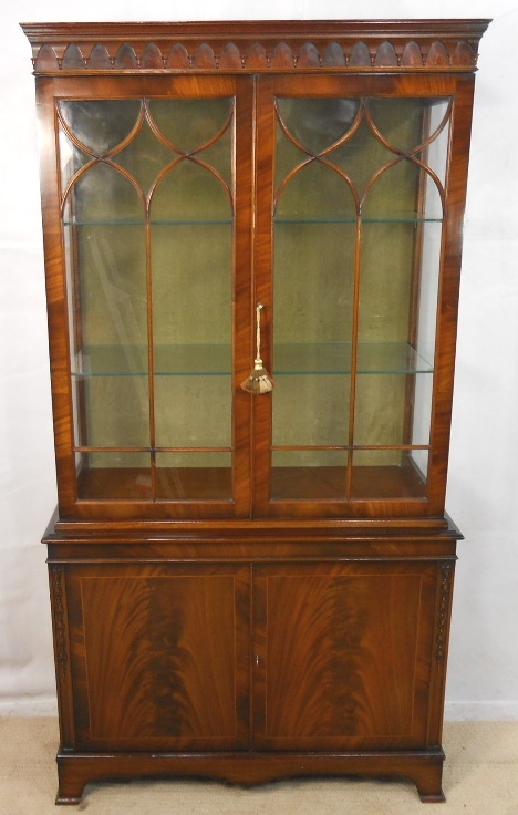 Image of: Antique china cabinet style