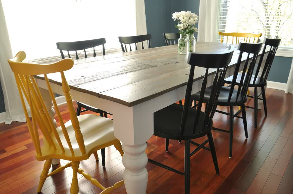 Image of: Free Farmhouse Dining Table Plans