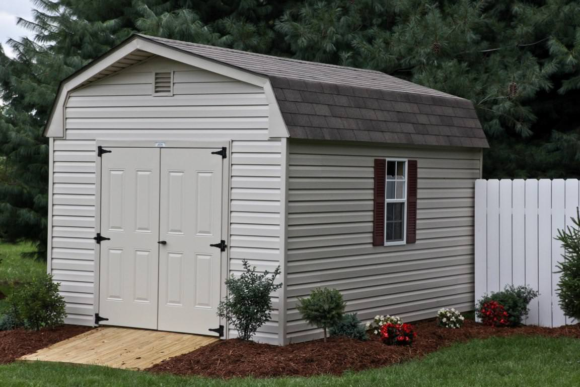 Image of: Big Gambrel Roof Garage