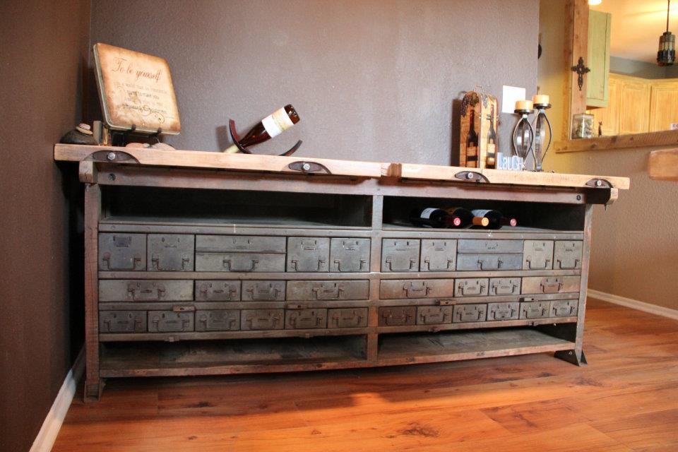 Image of: Ideas for reclaimed wood furniture