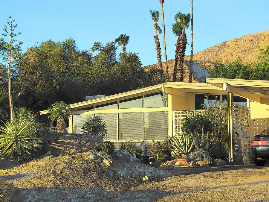 Image of: Mid Century Modern Homes design classic