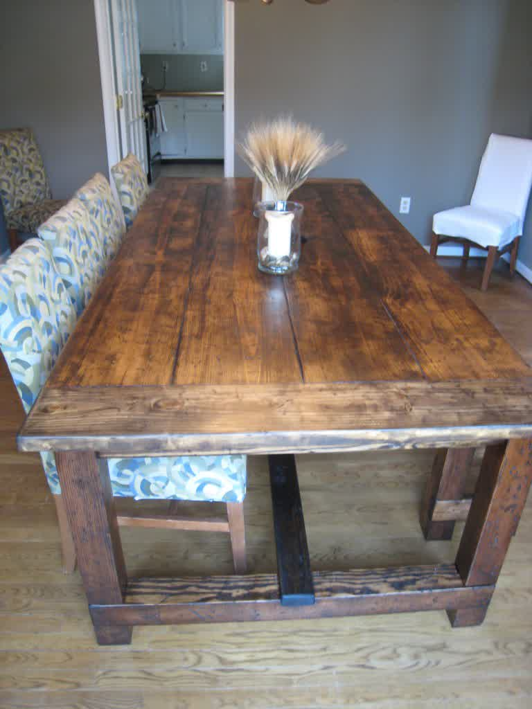 Image of: rustic dining table rough farmhouse plants
