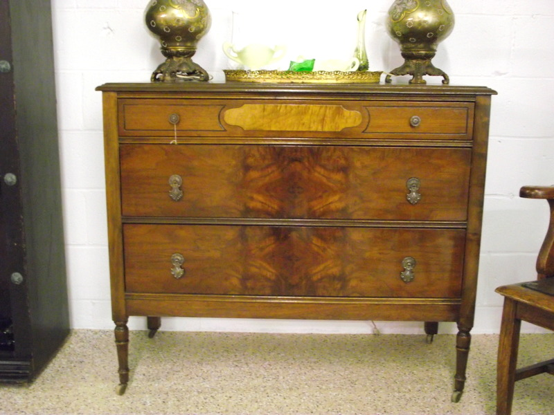 Picture of: 1920s Wooden Dresser