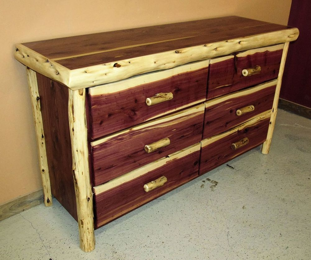 Picture of: Antique Cedar Chest Manufacturers
