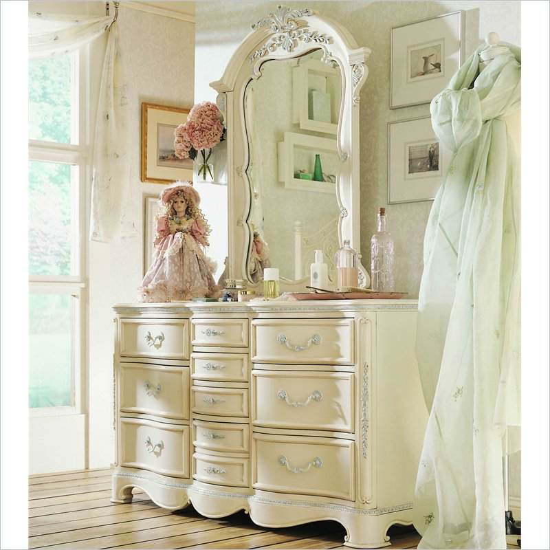 Picture of: Antique White Finish Dresser
