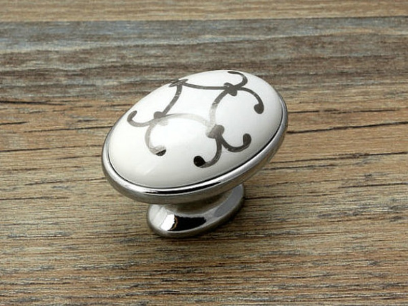 Image of: Arrow Drawer Knobs