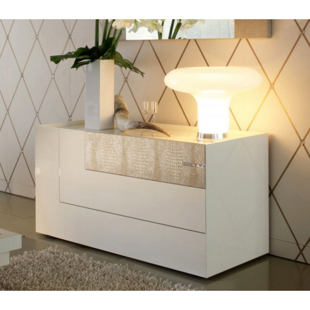 Image of: Beige Dresser With Lamps