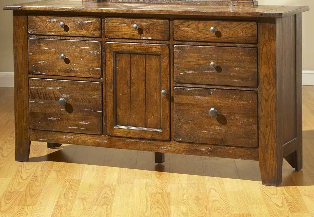 Picture of: Broyhill 9 Drawer Dresser