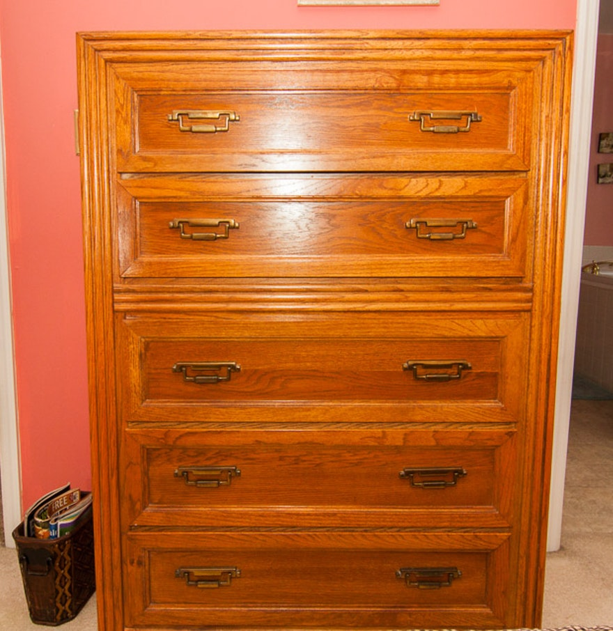 Picture of: Broyhill Dresser Mid Century