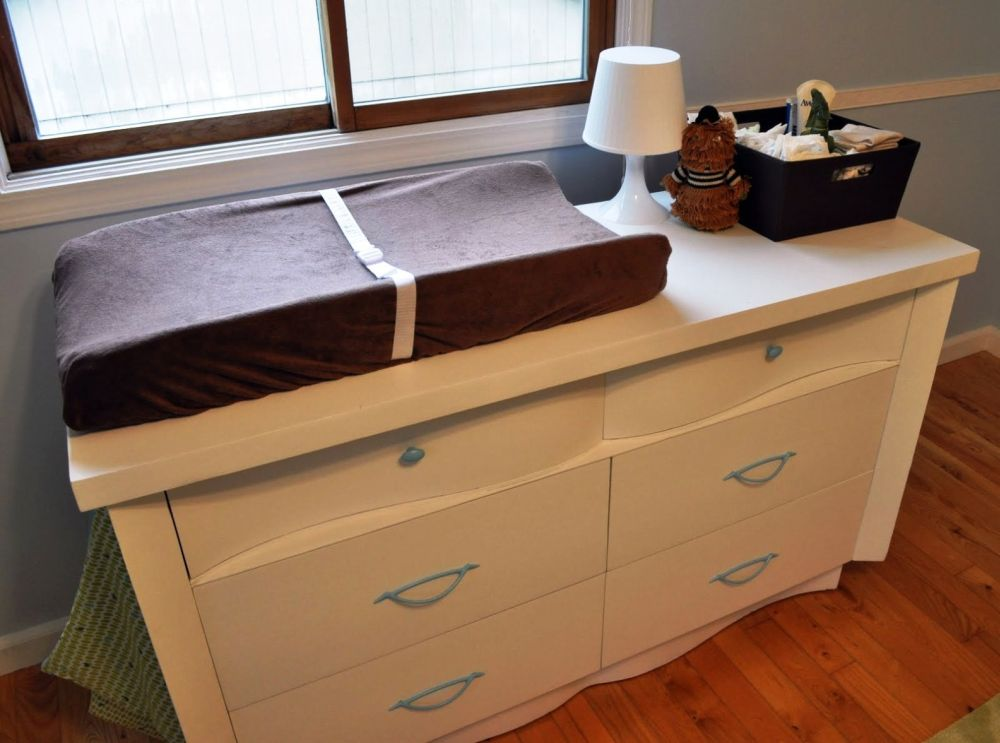 Picture of: Changing Pad Table Dresser