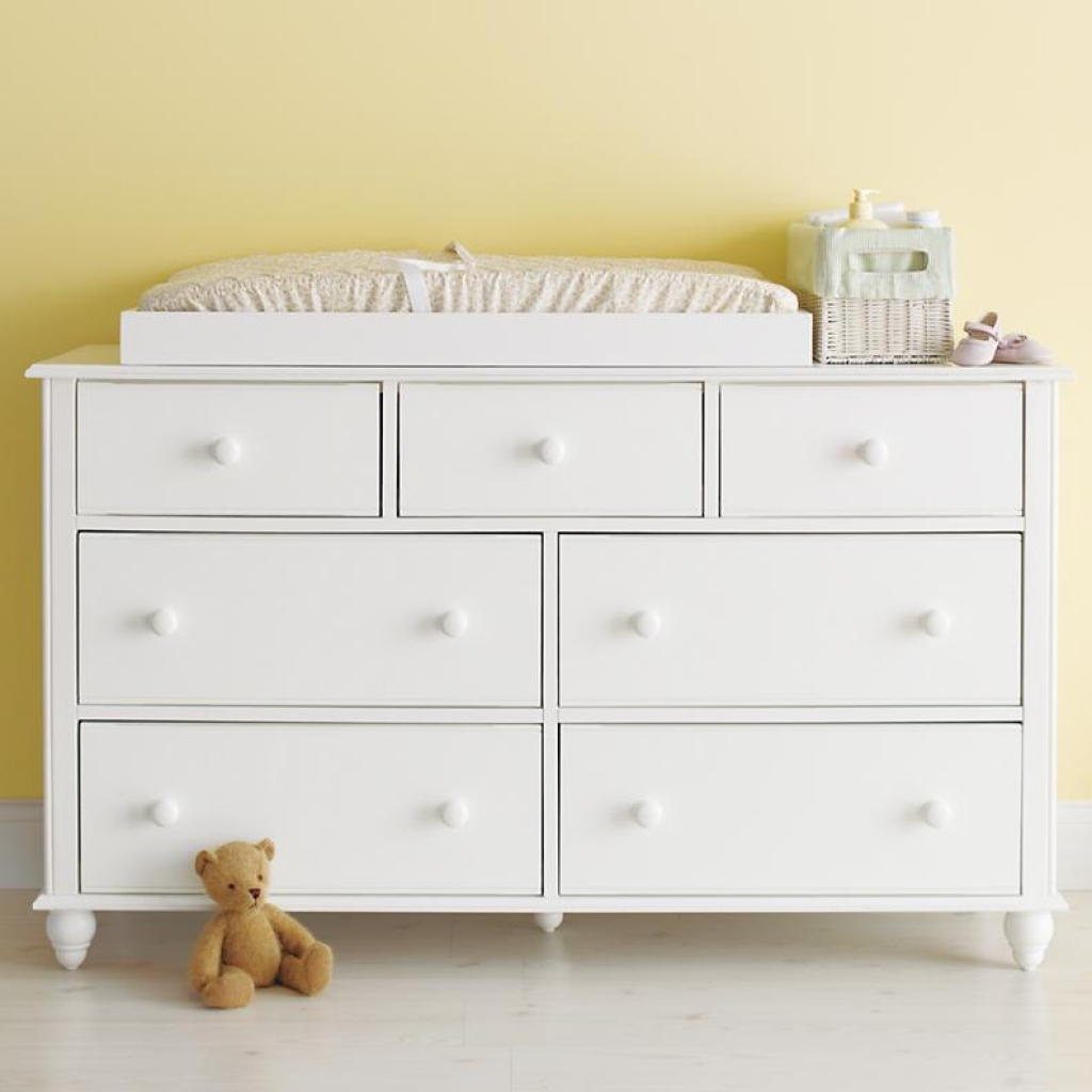 Image of: Changing for Table Dresser