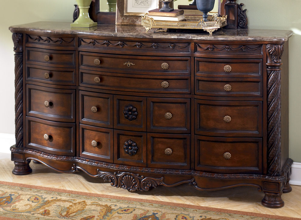 Picture of: Cheap Dresser