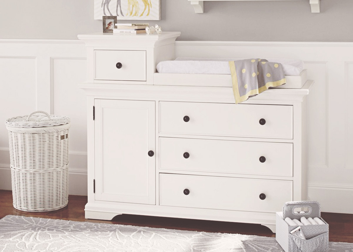 Image of: Collapsible Changing Table Ideas