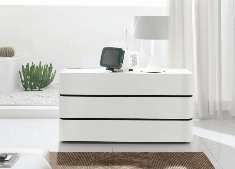 Contemporary White Bedroom Dresser