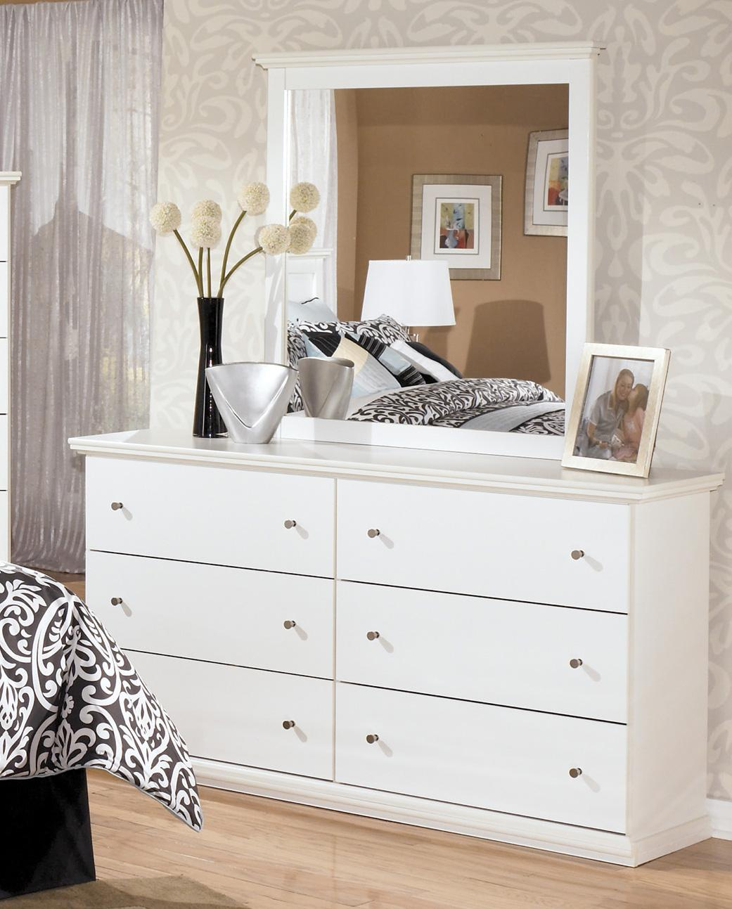 Picture of: Design Bostwick Dresser with Mirror