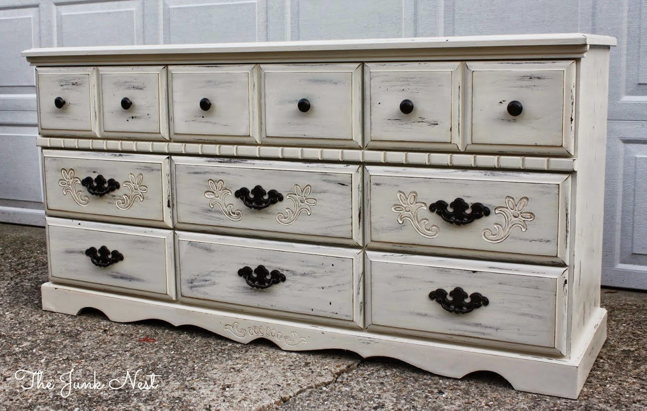 Picture of: Distressed Shabby Chic Furniture For Sale