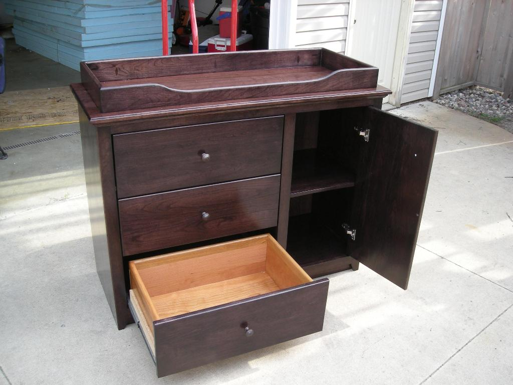 Dresser With Pull Out Desk
