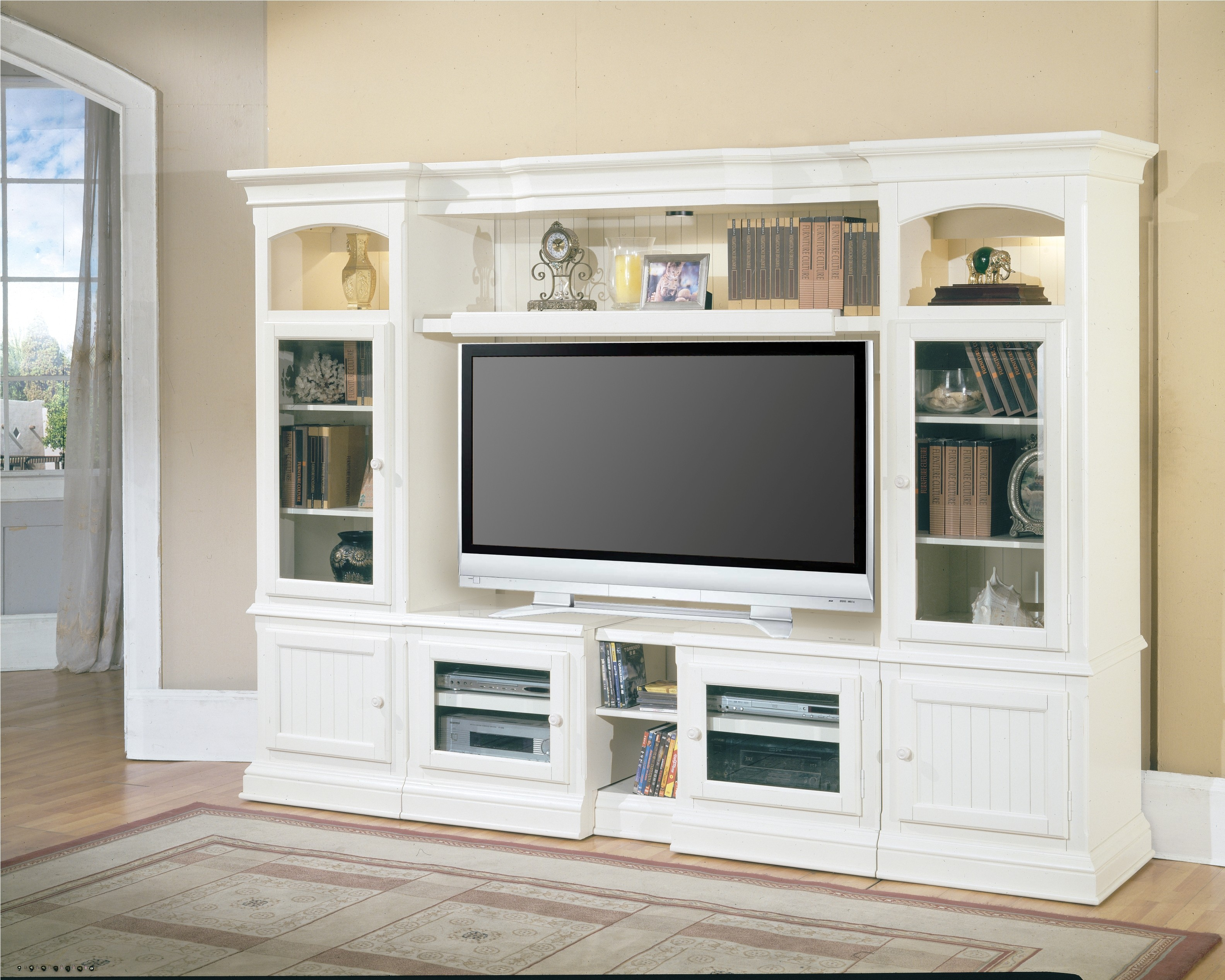 Picture of: Dresser with TV Mount Ideas
