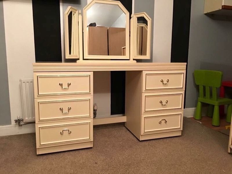 Image of: Extra Deep Drawer Chest