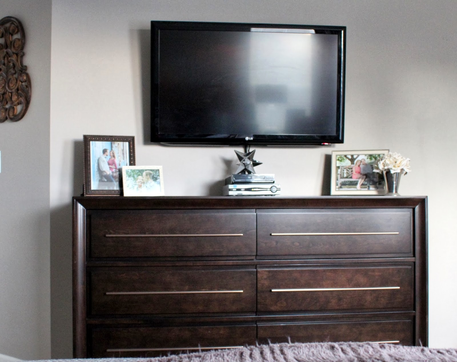 Flat Screen TV Dresser