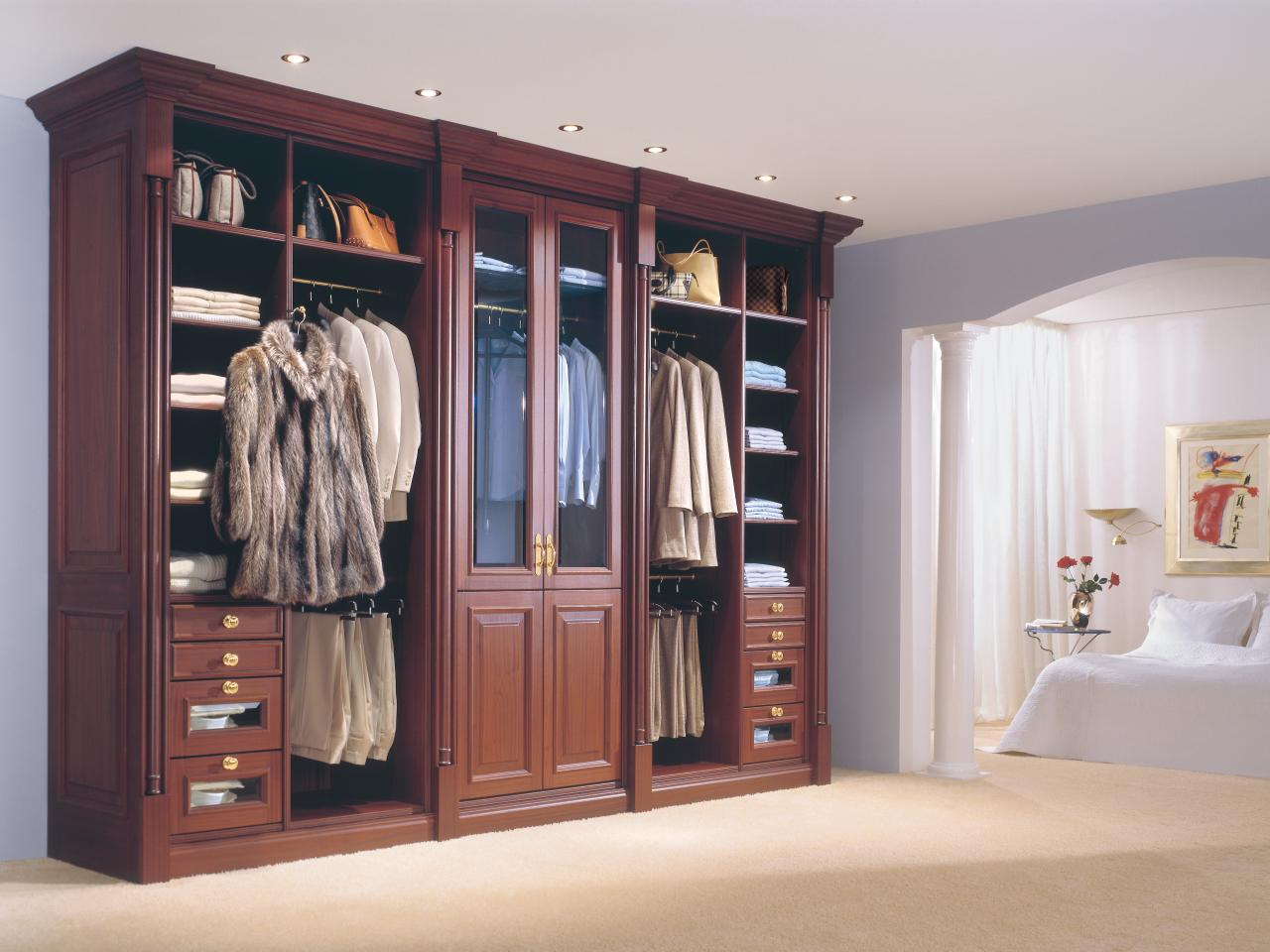 Picture of: Folding Dresser