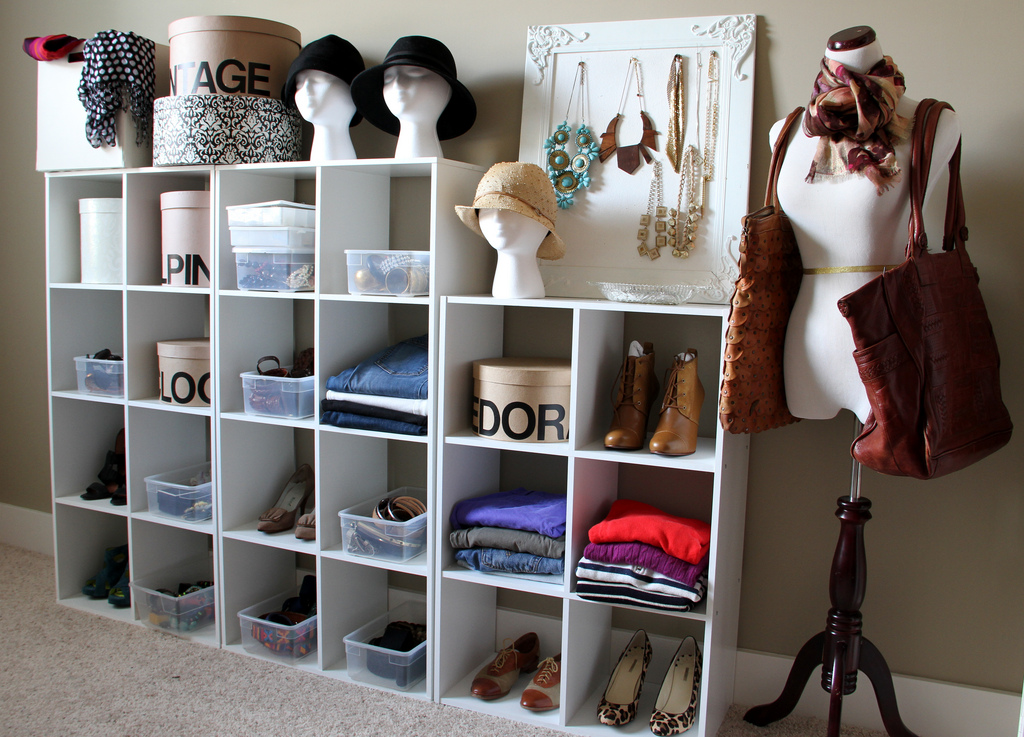Picture of: Free Standing Closet Women