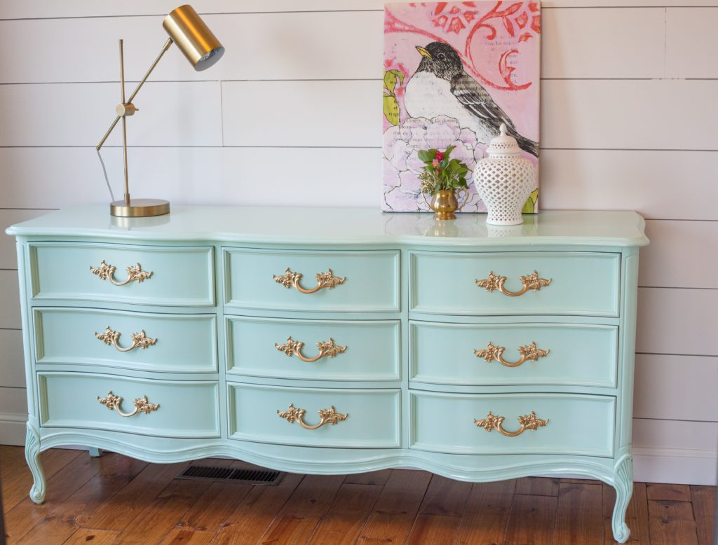Picture of: French Provincial Dresser Value