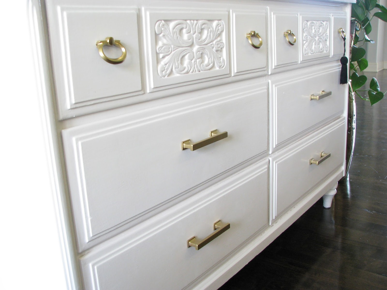 Picture of: Gold Dresser Handles Decorative