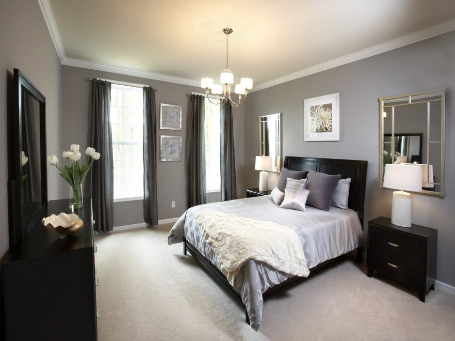 Image of: Grey Bedroom Dressers and Chests