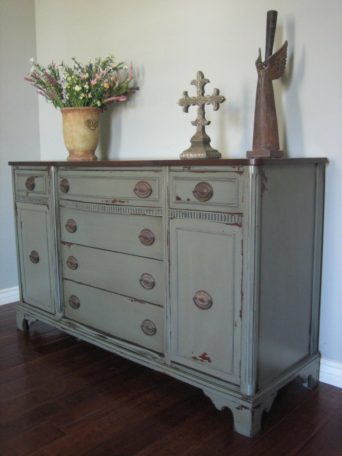 Picture of: Grey Distressed Dresser Wood