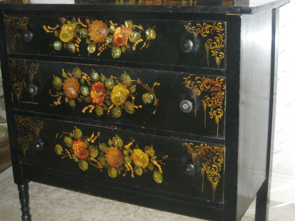 Picture of: Hand Painted Chest Of Drawers