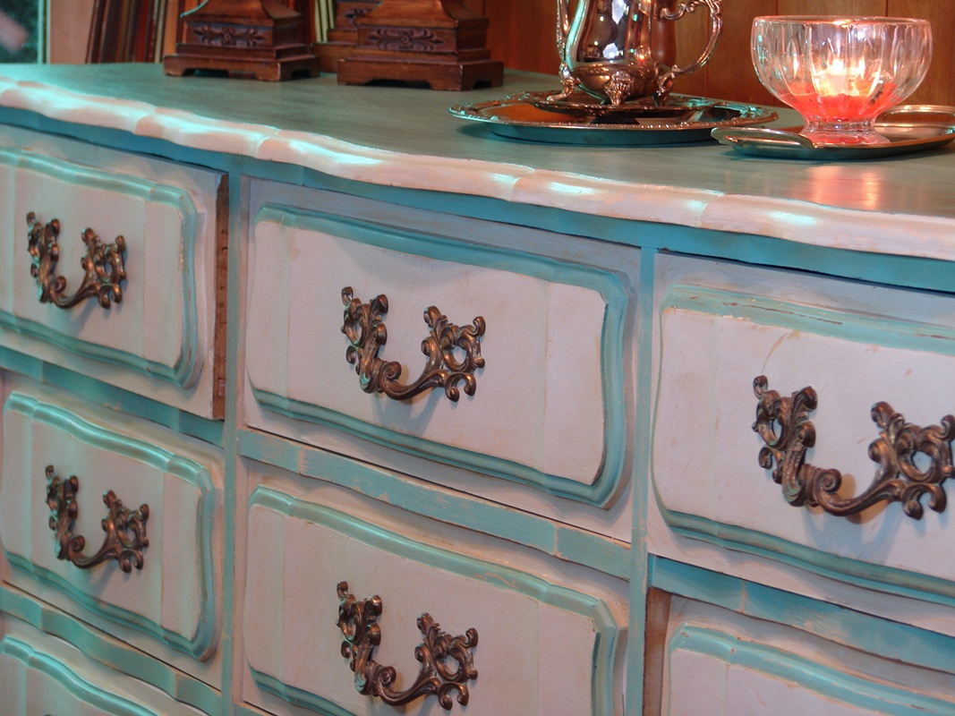 Picture of: Hand Painted Distressed Furniture