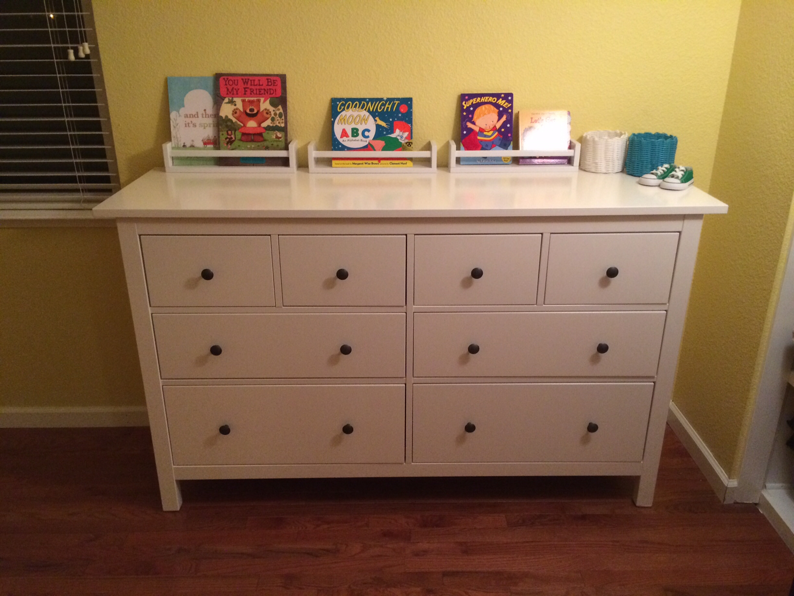 Picture of: Hens 8-Drawer Dresser, Gray Dark Gray Stained