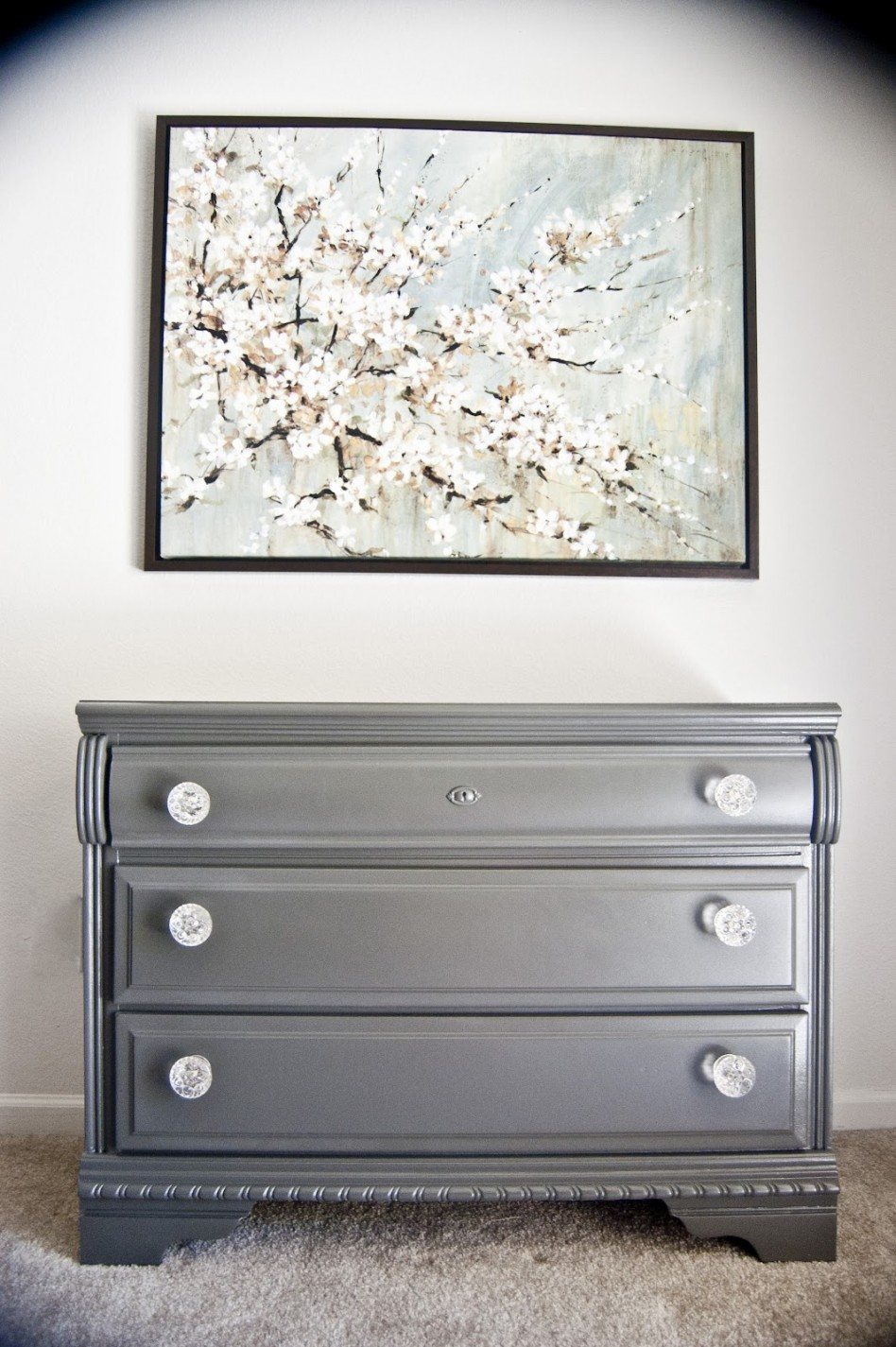Image of: How To Paint A Dresser Without Sanding Ideas