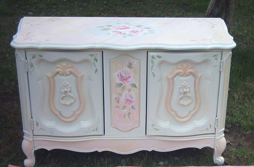 Image of: How To Paint Shabby Chic Dresser DIY